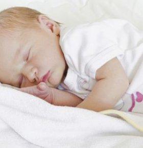 宝宝早醒的原因 宝宝早醒怎么办 宝宝早醒怎么回事