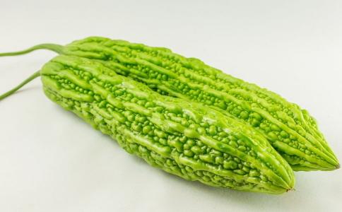 吃苦瓜可以减肥吗 苦瓜减肥食谱有哪些 苦瓜怎么吃可以减肥