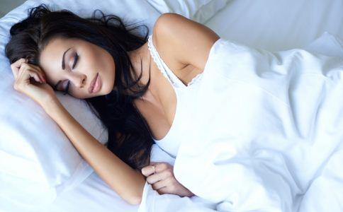 越睡越累是怎么一回事 怎么睡对身体才健康 怎么睡觉对身体好