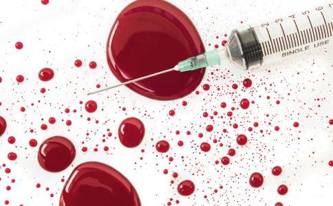 多少血液能传染艾滋病 艾滋病的主要传播途径有哪些 艾滋病初期有哪些症状
