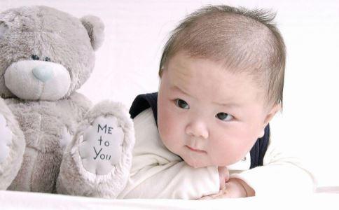如何早期发现宝宝听力障碍 婴儿听力筛查怎么做 如何让宝宝听力更灵敏