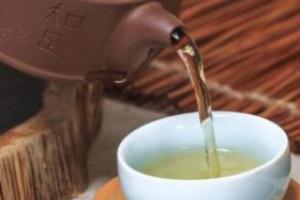 老人常喝浓茶 会有4个危害