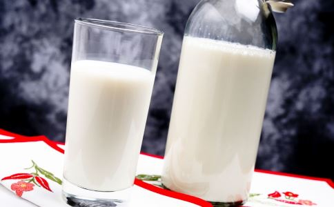 喝牛奶会得前列腺癌吗 前列腺癌是怎么回事 如何预防前列腺癌