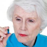 老人用药安全要注意 做好4件事