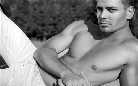 男人裸睡有什么好处 不适合裸睡的人 男人裸睡注意事项
