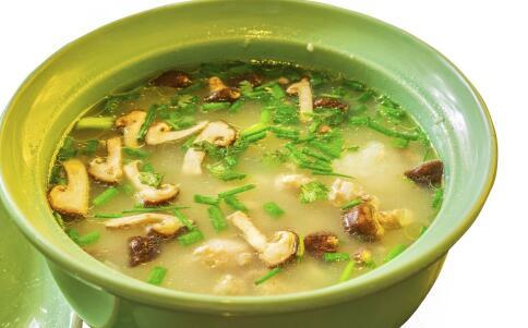 春季喝什么汤可以减肥 最适合春季减肥的瘦身汤有哪些 美容又瘦身的汤饮有哪些