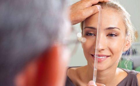 隆鼻手术注意事项有哪些 隆鼻手术前注意什么 隆鼻手术后注意什么