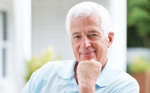 老人养生的禁忌有哪些 老人养生的注意事项 老人怎么做才能长寿