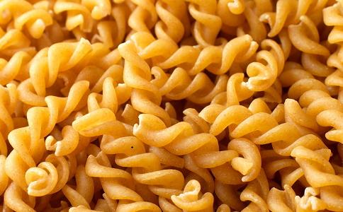 减肥午餐吃什么最好 午餐吃什么既营养又减肥 减肥午餐吃什么