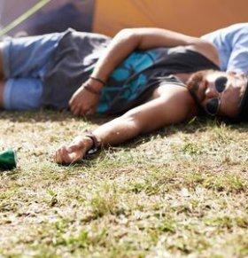 假酒中毒后如何急救处理?