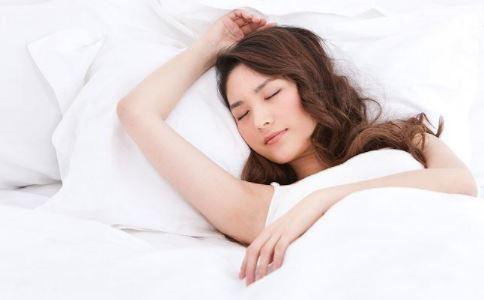 4種錯誤睡姿 就算睡得再早也不能美容