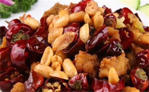 重庆辣子鸡的做法 重庆辣子鸡怎么做 重庆辣子鸡的营养价值