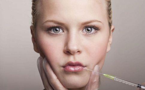 自体脂肪丰唇存在哪些并发症 自体脂肪丰唇后如何护理 自体脂肪丰唇后注意什么