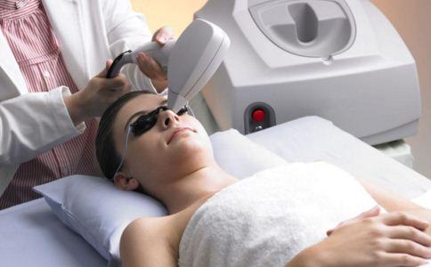 激光祛斑效果好不好 激光祛斑效果如何 哪些人不适合做激光祛斑