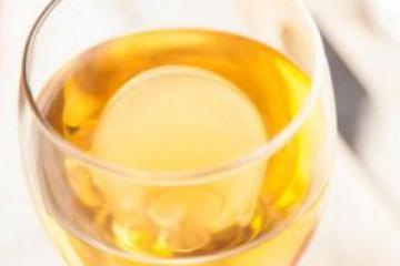 印尼假酒致90死 上百人住院治疗