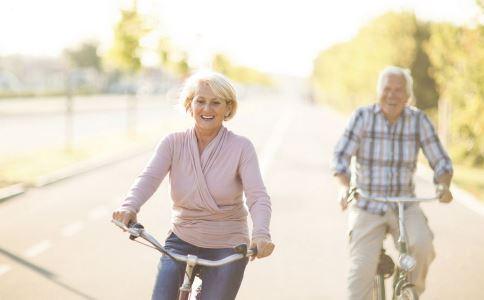 老人便秘怎么办 老人便秘原因 老人如何预防便秘
