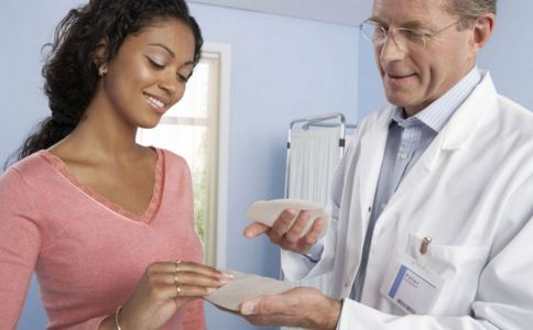 乳房假体使用寿命有多长 如何选择隆胸假体 隆胸假体怎么选择
