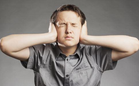耳鸣是什么原因 耳鸣的原因有哪些 耳鸣如何治疗