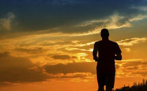 怎么跑步好 正确的跑步方式有哪些 跑步有哪些好处