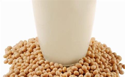 牛奶和豆浆可以一起喝吗 喝牛奶有什么禁忌 喝豆浆的禁忌有哪些
