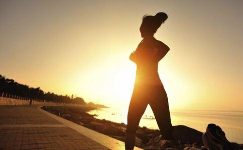 女子夜跑后大出血 哪些人不适合夜跑 夜跑注意哪些事