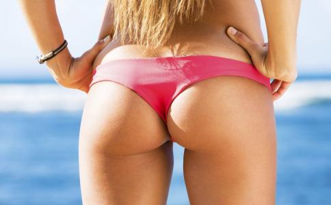 翘臀怎么练出来 女性要怎么练翘臀 怎样拥有迷人翘臀