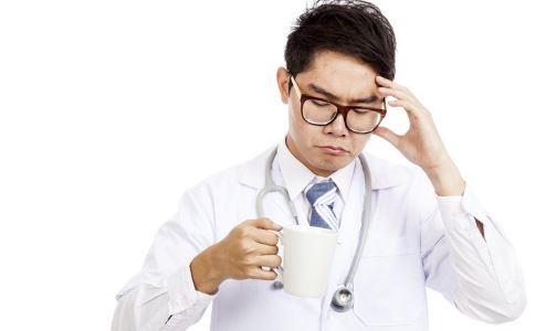 男人喝水用什么杯子 喝水有什么好处 喝水的好处有哪些