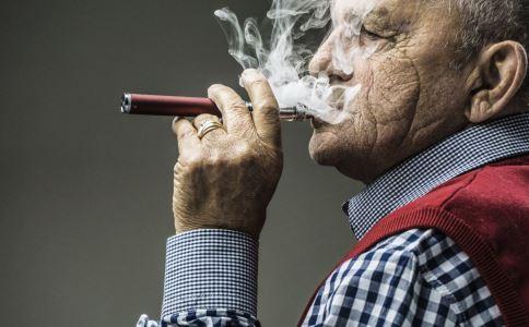 二手烟对孕妇的危害有哪些 二手烟有什么危害 孕期该如何避免二手烟