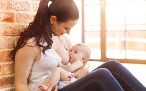 母乳喂养的好处 哺乳期喂奶注意事项 母乳喂养的注意事项