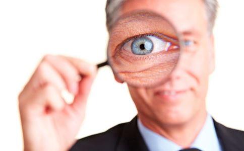 老人如何延缓老花眼 5种方法能延缓