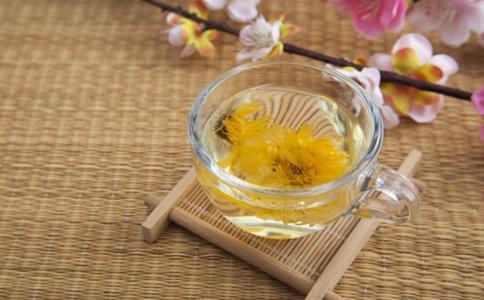 喝茶可以减肥吗 减肥可以喝茶吗 哪些茶饮可以减肥
