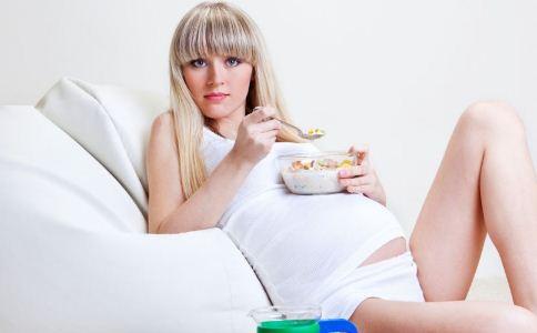 高龄女性怎么防不孕 女人怎么防止不孕 高龄女性怎么备孕