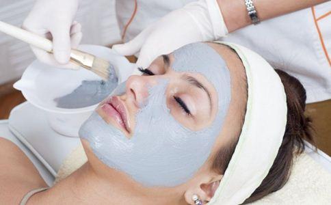 敷完面膜要不要洗脸 敷面膜的好处 敷面膜的误区