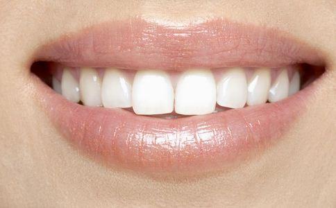 多久洗一次牙 什么时候洗牙好 多久洗牙才好
