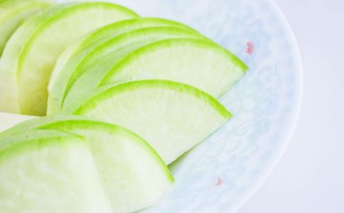 青萝卜煮水止咳的做法 青萝卜煮水的功效 青萝卜煮水