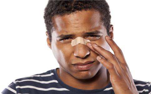 如何诊断鼻咽癌 怎样治疗鼻咽癌 鼻咽癌护理方法