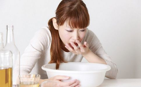胃出血怎么急救 胃出血的急救措施 胃出血该怎么紧急治疗