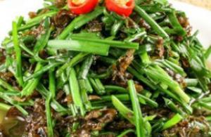 怎样做地皮菜 清炒原味炒蛋提香