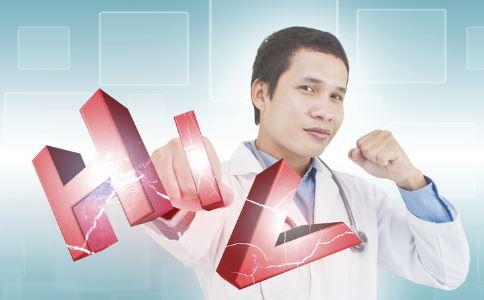 艾滋病常见哪些认识误区 感染HIV就是艾滋病吗 使用避孕套可以预防艾滋病吗
