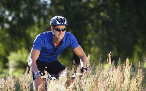 男人骑车易伤性能力 男人能骑自行车吗 骑自行车有什么好处