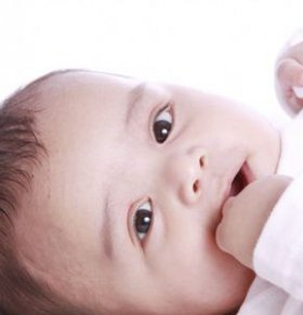 如何激发宝宝听觉 激发宝宝听觉的小玩具 如何锻炼宝宝听觉
