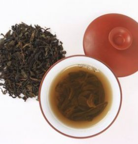 酒后喝浓茶能不能解酒 喝茶可以解酒吗 哪些食物能解酒