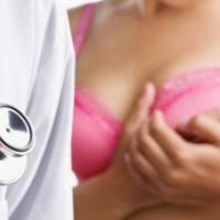 假体隆胸能维持多久?四个问题要注意