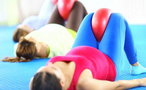 孕期适合做什么运动 孕期做什么运动好 孕妇运动注意事项