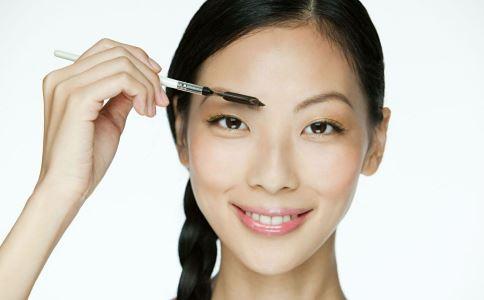 切眉术会不会留疤 切眉会留下疤痕吗 切眉方法有哪些
