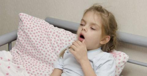 小孩发烧的好处 小孩发烧时如何退烧 小孩发烧如何护理