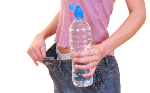 喝水能减肥吗 怎么喝水减肥 什么时候喝水能减肥