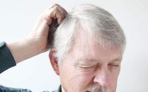 怎么治疗白发 白发如何治疗 治疗白发的方法