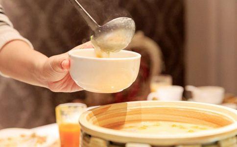 女人进补养生汤有哪些 女人喝什么汤进补 女人喝什么汤调养身体