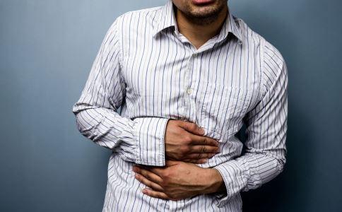 胃溃疡吃什么食物好 胃溃疡的原因 胃溃疡的治疗方法